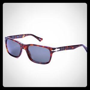 Men's Persol Sunglasses Polarized Lens PO2747